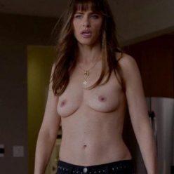 Amanda Peet Topless Photos 1