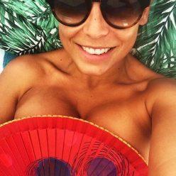 Anna Mucha topless pics