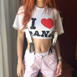 Bella Thorne hot photo