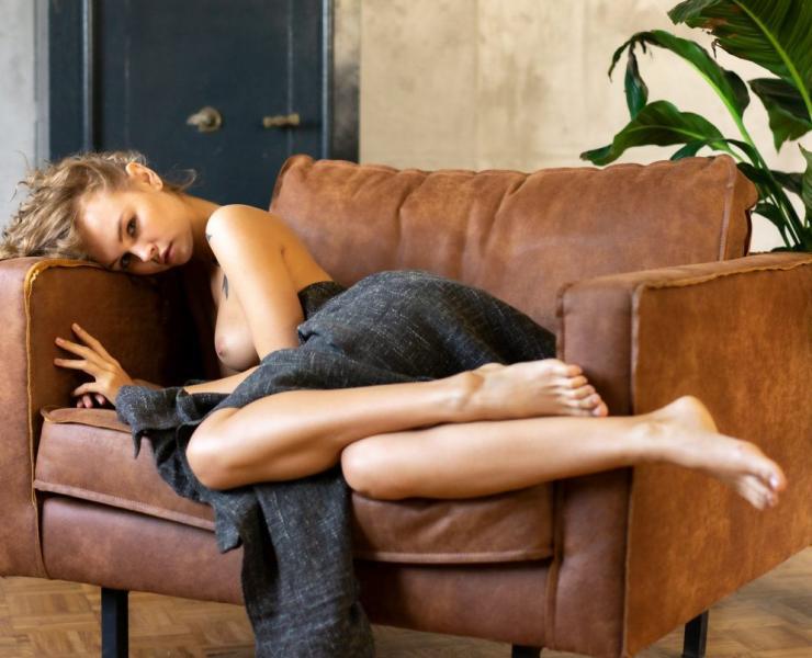 Anastasiya Scheglova naked
