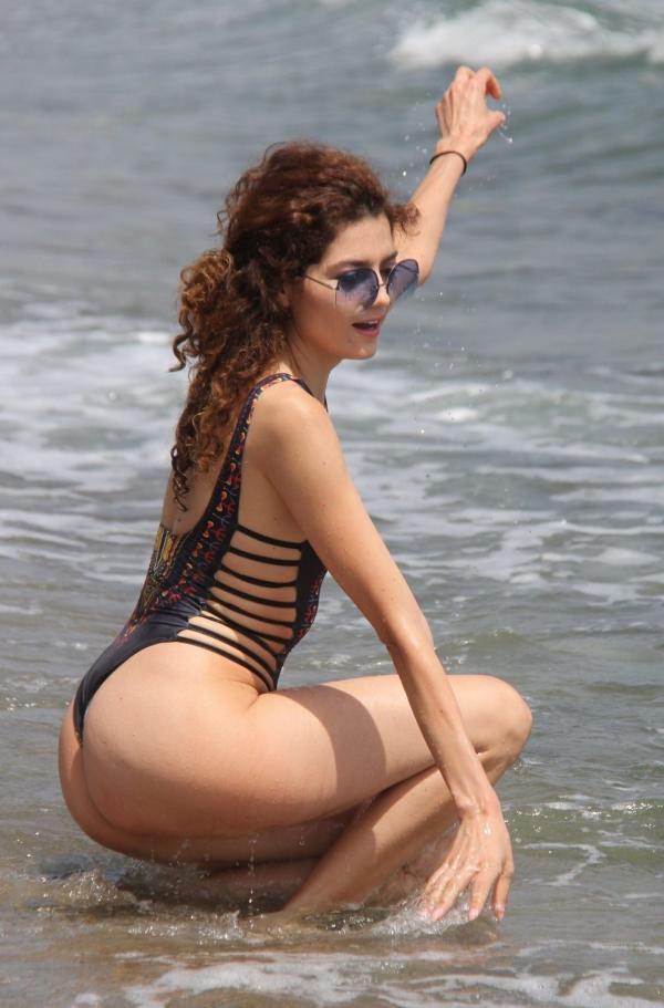 Blanca Blanco Nip Slip Pics 27