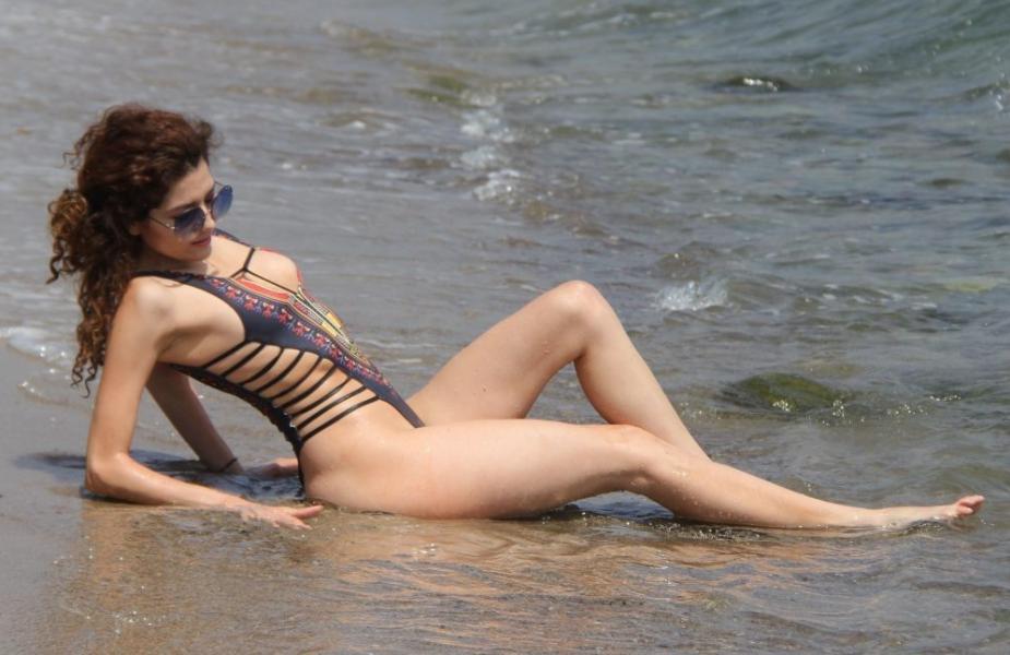 Blanca Blanco Nip Slip Pics 28
