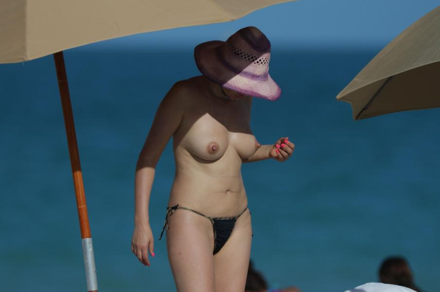 Bleona Qereti naked