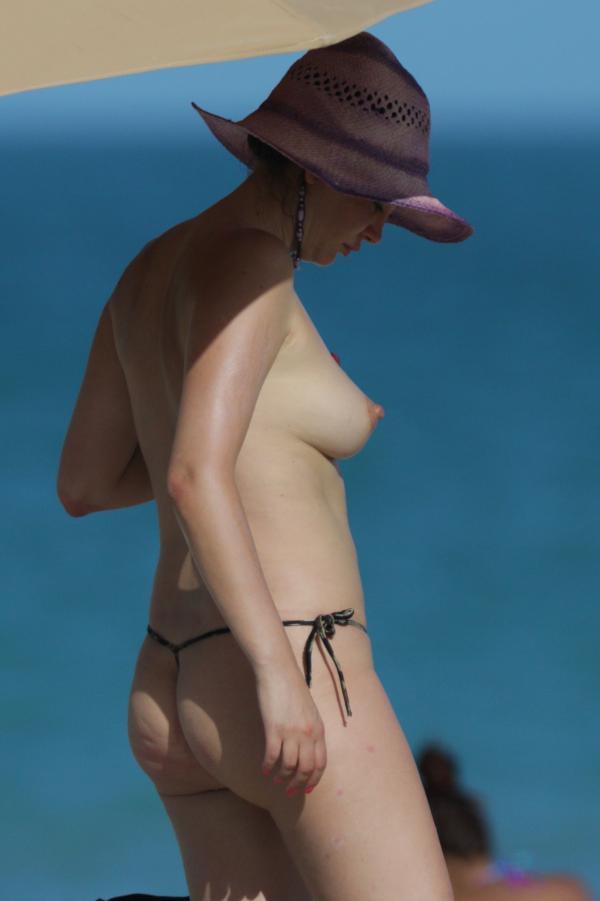 Bleona Qereti nude