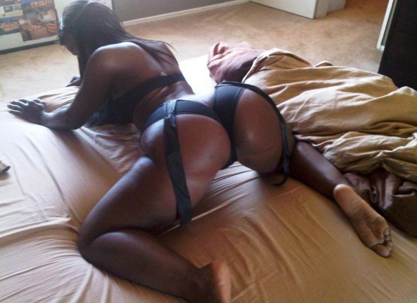 Bria Myles Nude Sexy Photos 14