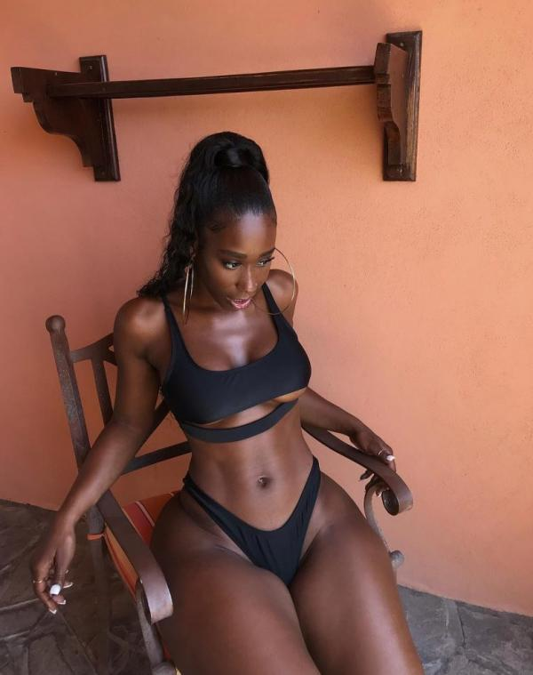 Bria Myles Nude Sexy Photos 15