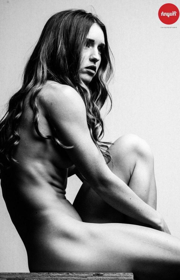 Briana Agno Nude Sexy Photos 104