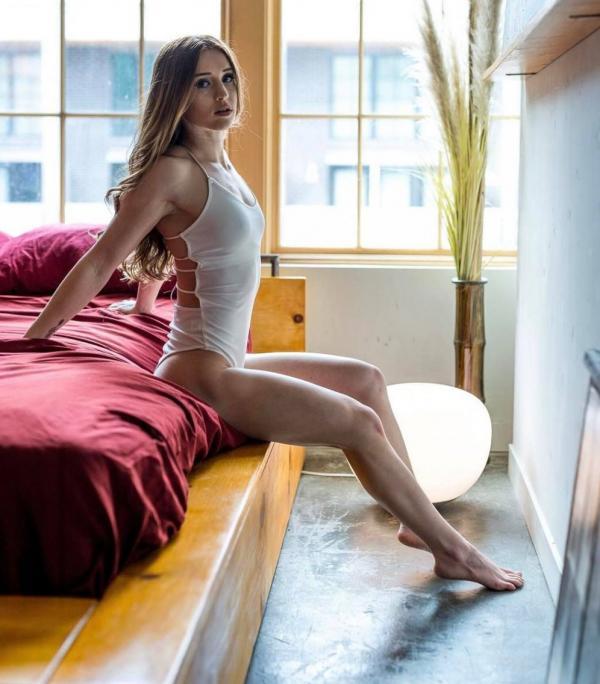Briana Agno Nude Sexy Photos 106