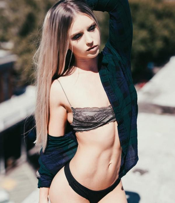 Briana Agno Nude Sexy Photos 112