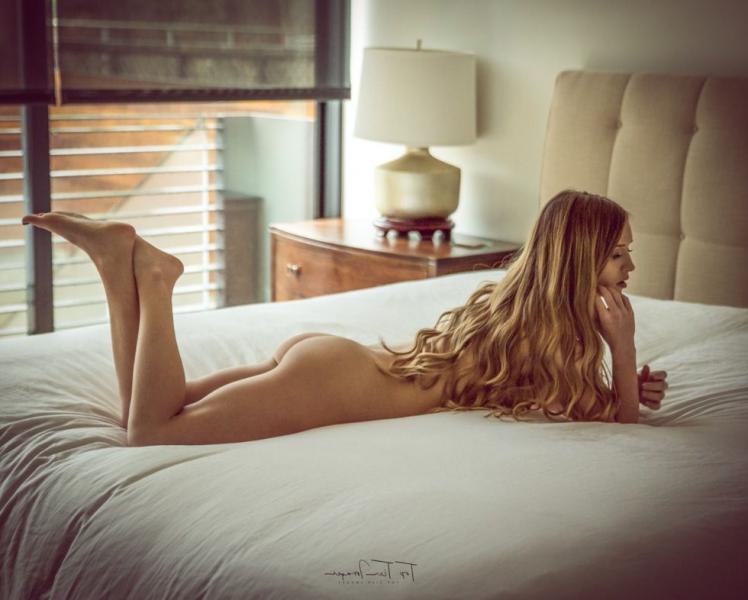 Briana Agno Nude Sexy Photos 135