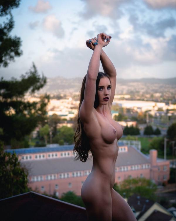 Briana Agno Nude Sexy Photos 14