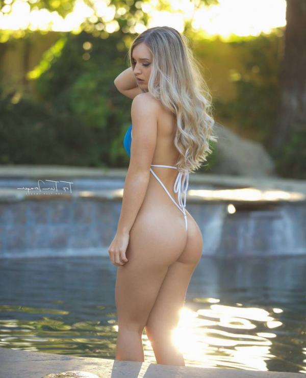 Briana Agno Nude Sexy Photos 143