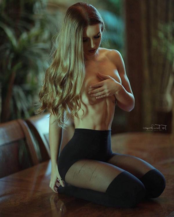 Briana Agno Nude Sexy Photos 153