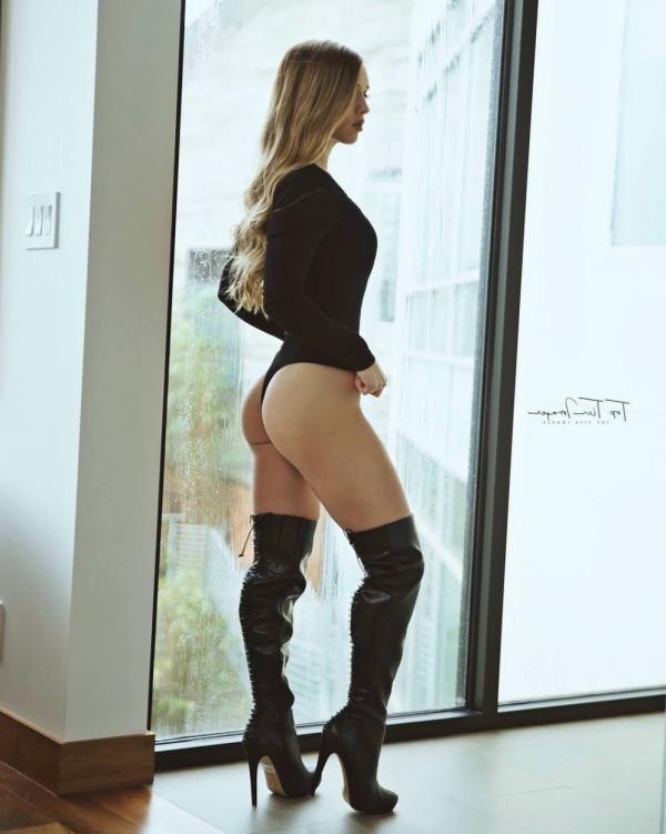 Briana Agno Nude Sexy Photos 181