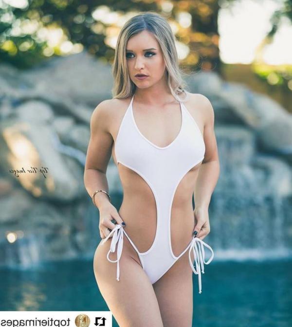 Briana Agno Nude Sexy Photos 183