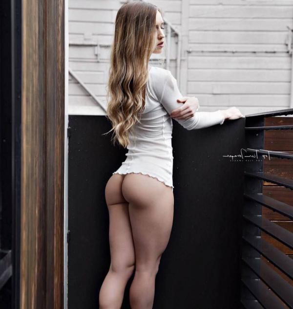 Briana Agno Nude Sexy Photos 189