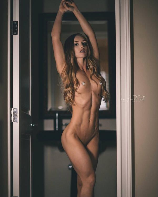 Briana Agno Nude Sexy Photos 191