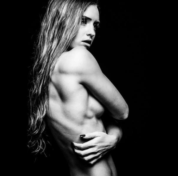 Briana Agno Nude Sexy Photos 204