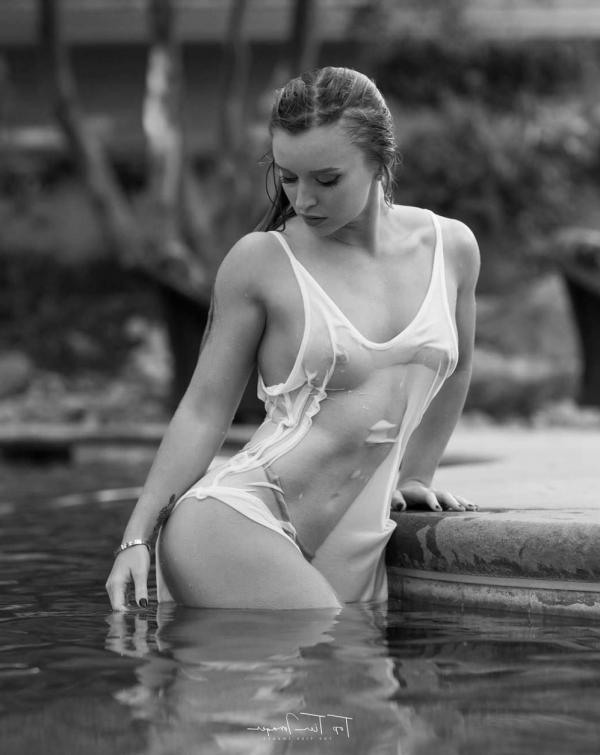 Briana Agno Nude Sexy Photos 208
