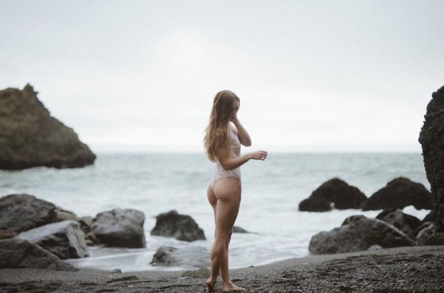 Briana Agno Nude Sexy Photos 213