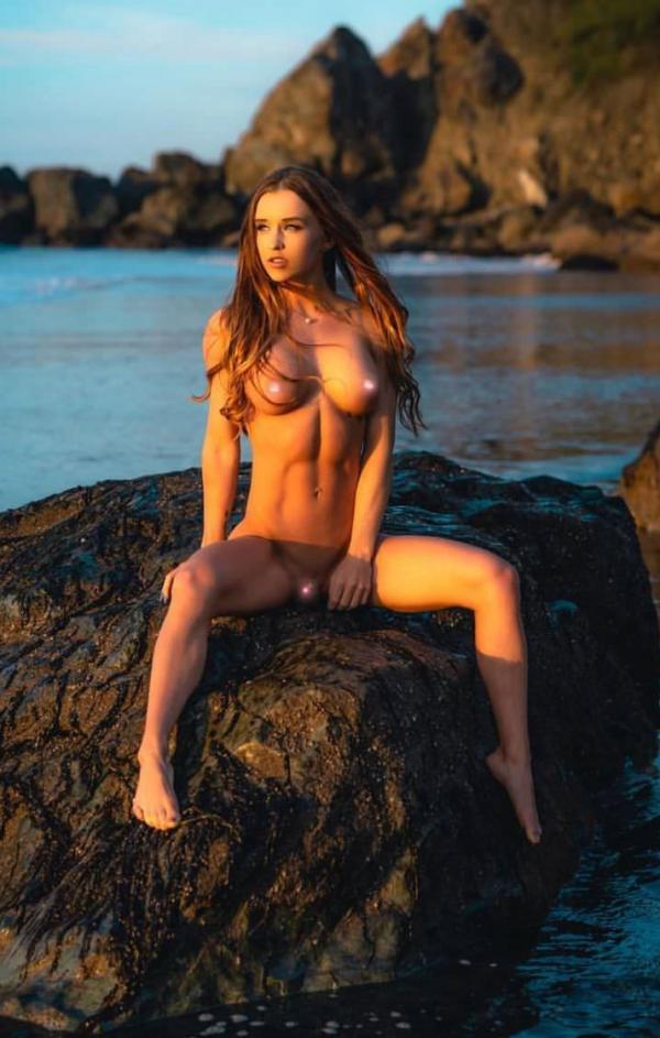 Briana Agno Nude Sexy Photos 221