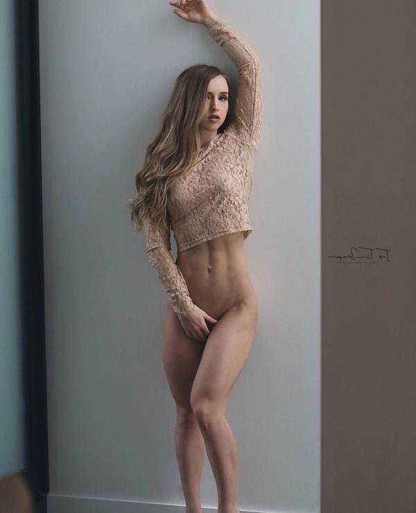 Briana Agno Nude Sexy Photos 230