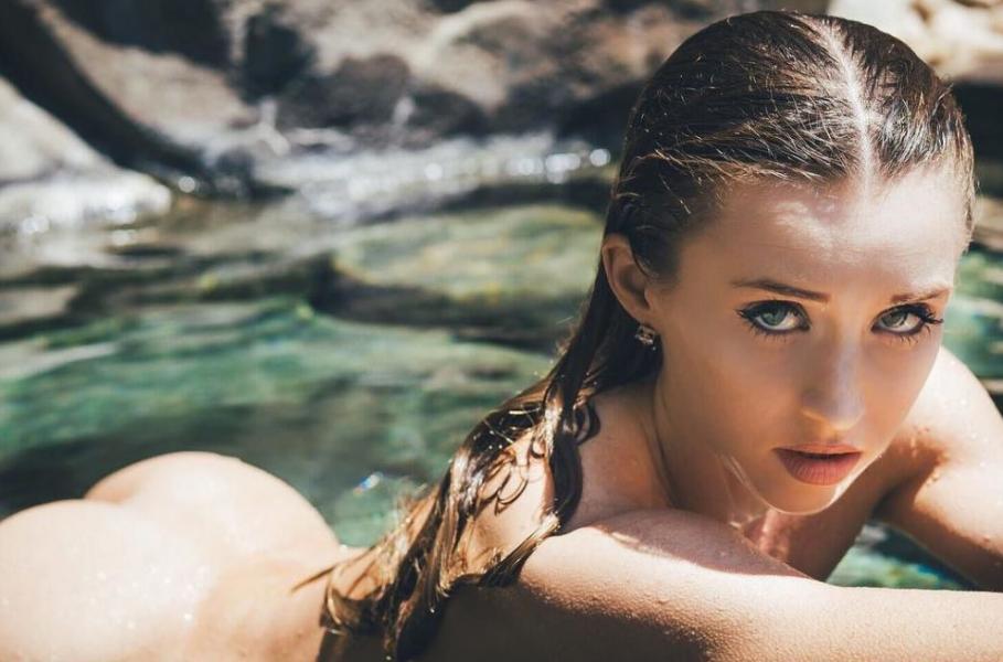 Briana Agno Nude Sexy Photos 252