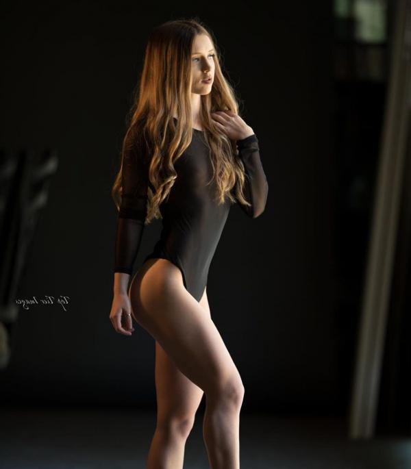 Briana Agno Nude Sexy Photos 297