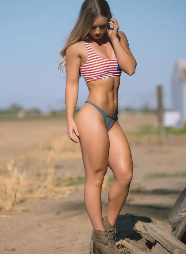 Briana Agno Nude Sexy Photos 300
