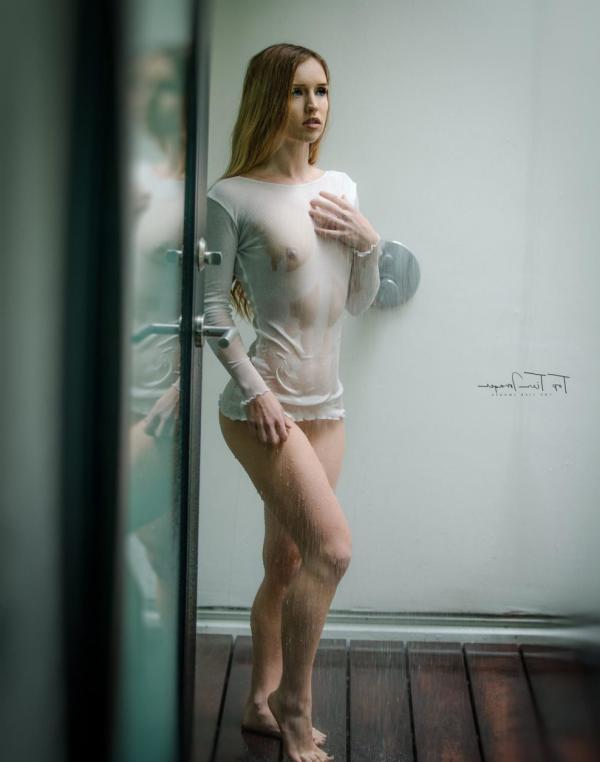 Briana Agno Nude Sexy Photos 55