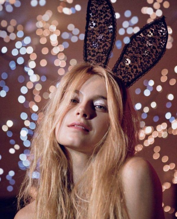 Bridget Malcolm sexy