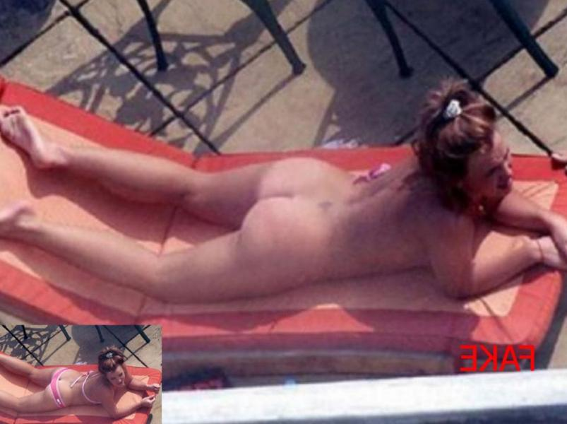 Britney Spears Really Complete Nude Collection Photos 15