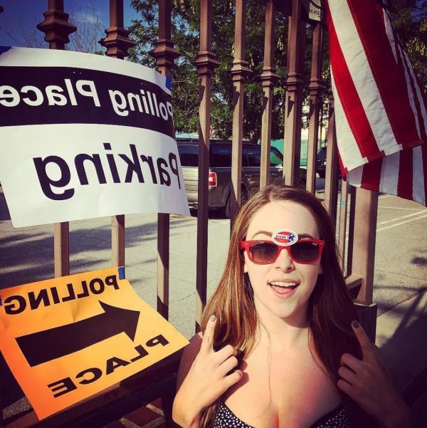 Brittany Curran Sexy Photos 13