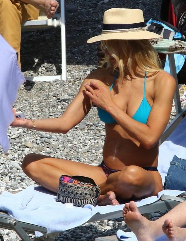 Brittany Daniel Bikini Photos 9