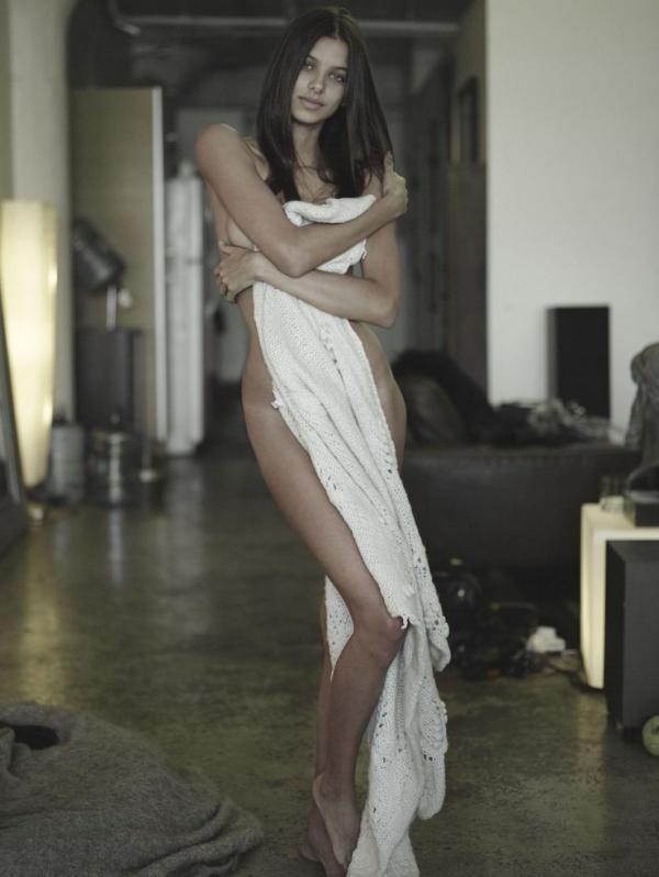 Bruna Lirio Sexy