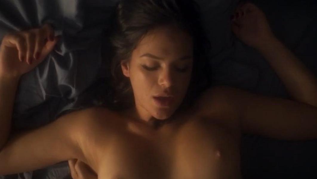 Bruna Marquezine Naked