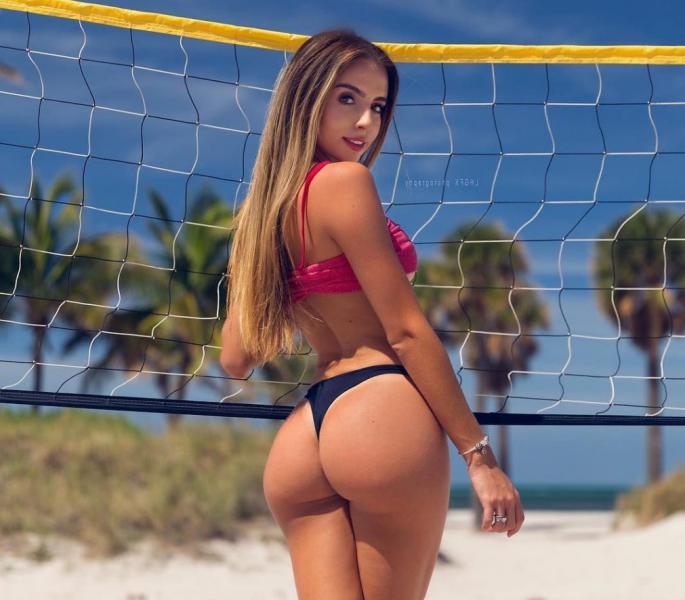 Bruna Rangel Lima butt