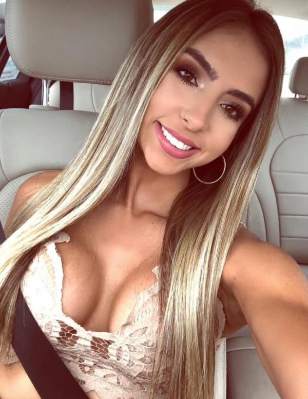 Bruna Rangel Lima tits