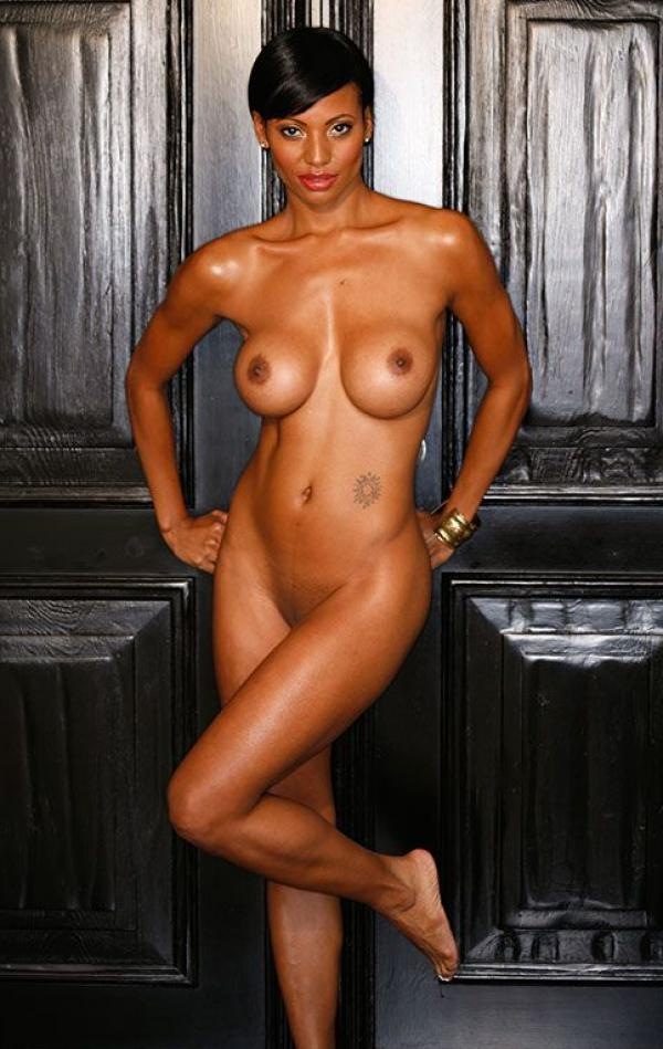 Candace Smith Topless And Fully Nude