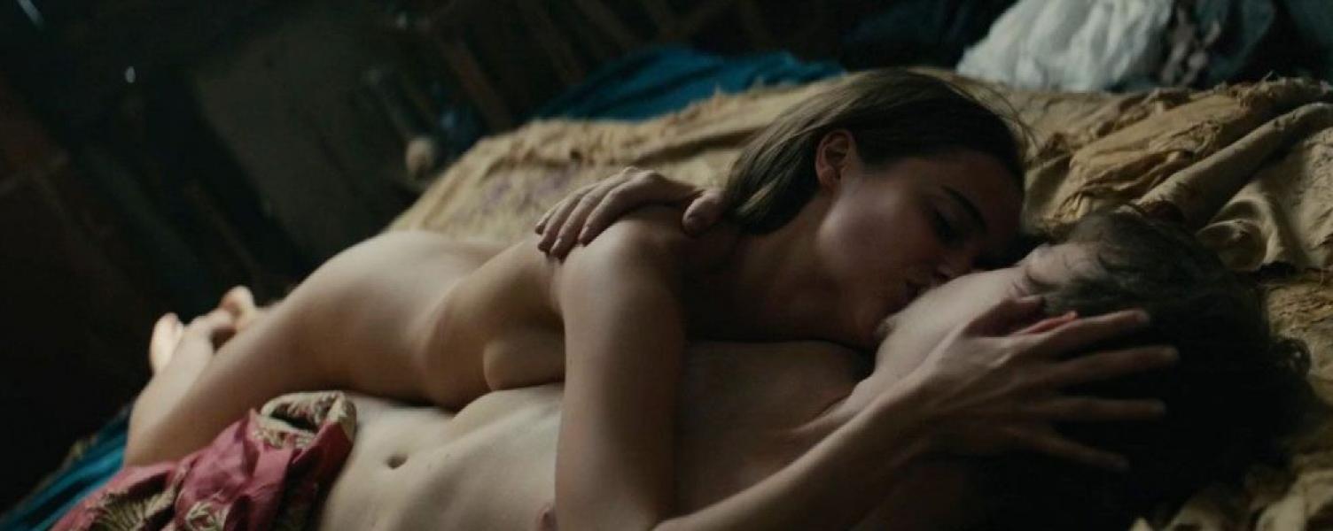 Cara Delevingne Holliday Grainger Alicia Vikander Nude 11