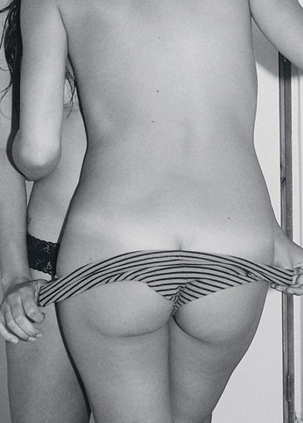 Carla Giraldo ass