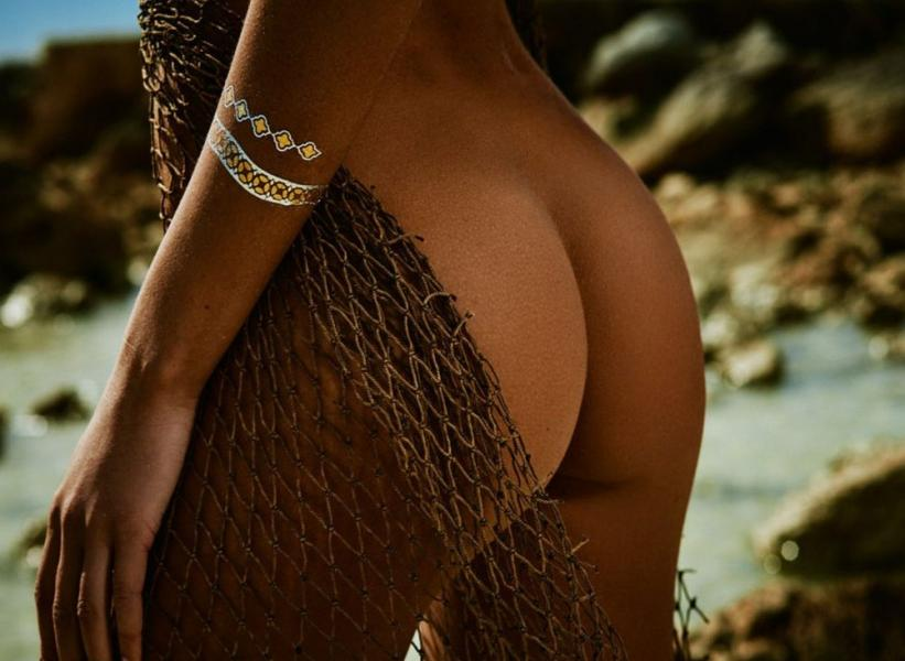 Carleen Laronn Nude Photos 15