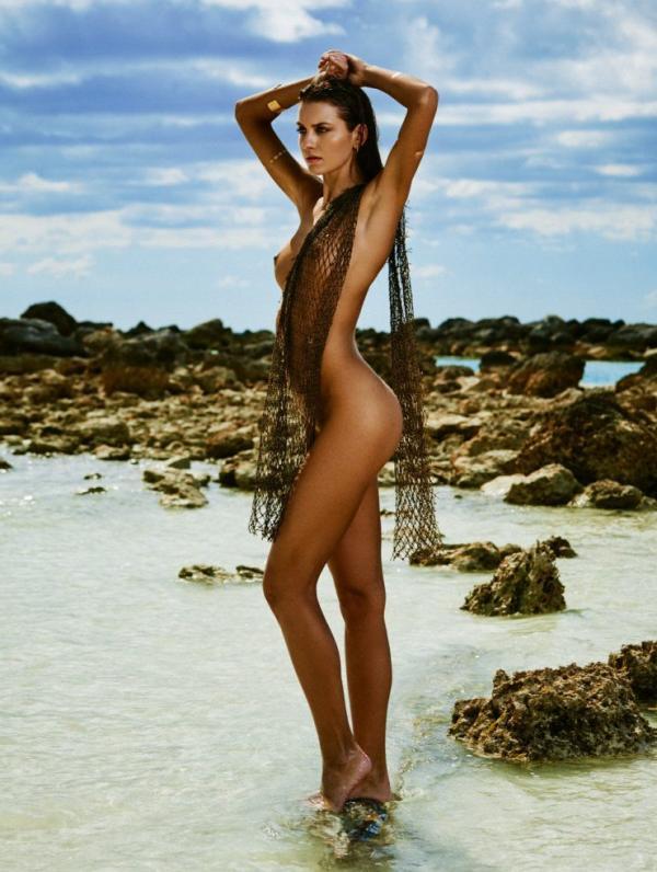 Carleen Laronn Naked