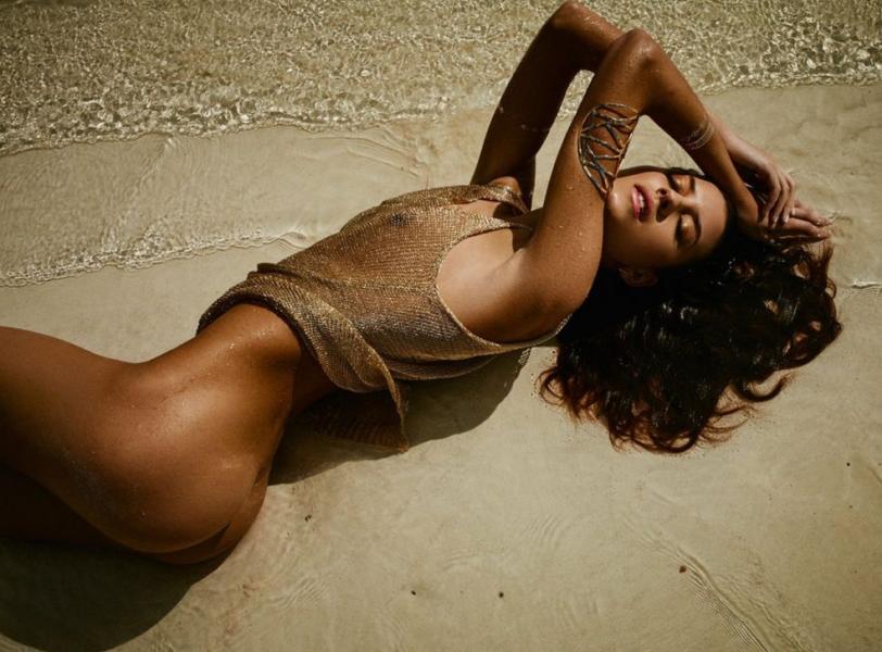 Carleen Laronn Nude Photos 9