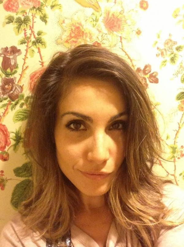 Carly Pope 14