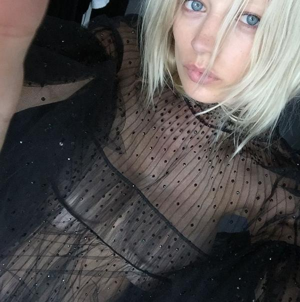 Caroline Vreeland Nude Sexy Photos 39