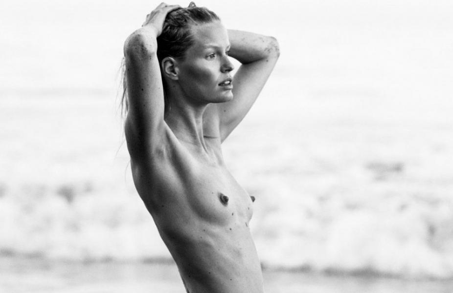 Caroline Winberg Nude Sexy Photos 34