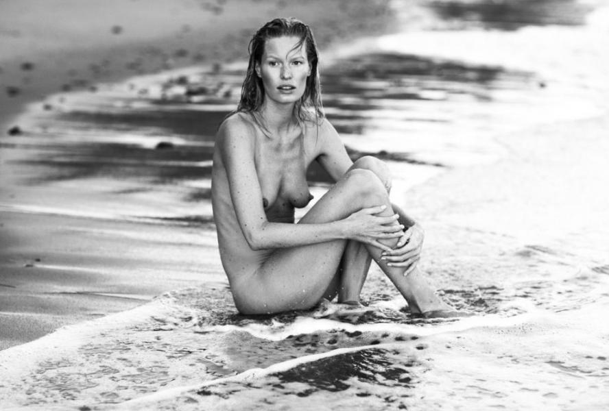Caroline Winberg Nude Sexy Photos 46