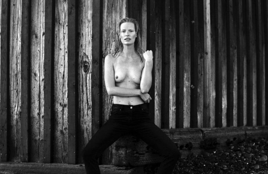 Caroline Winberg Nude Sexy Photos 52