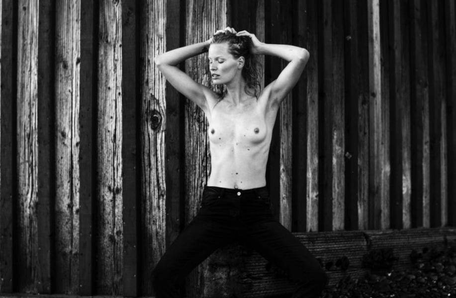 Caroline Winberg Nude Sexy Photos 53